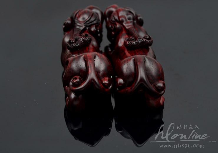百吉雕刻印度小叶紫檀把件摆件4寸对螭虎Z201 (22).JPG