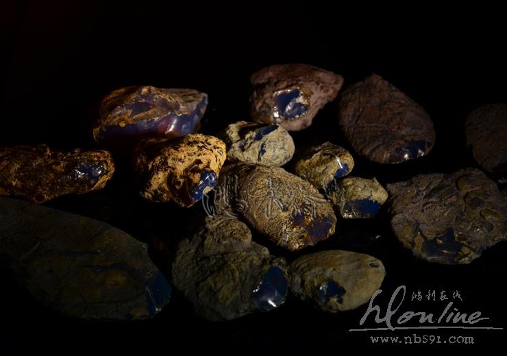 多米尼加蓝珀原矿原料多米尼加蓝珀顶级原石 (1).JPG