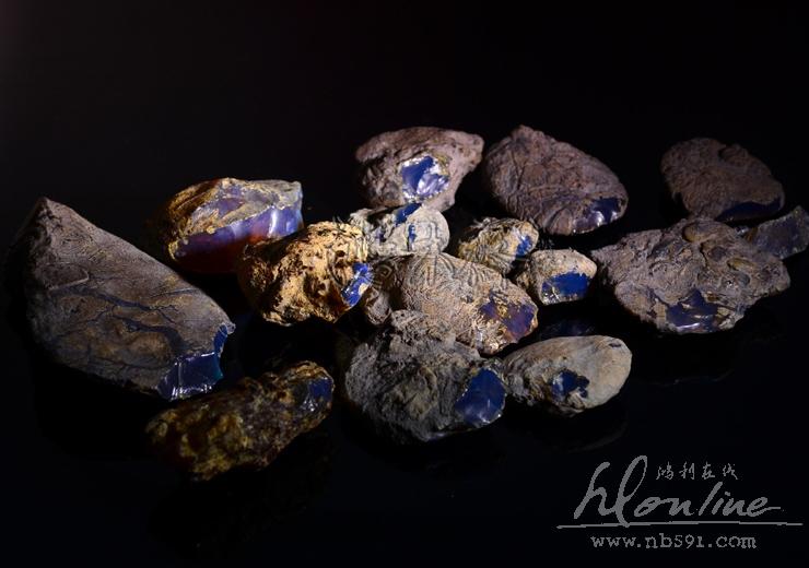 多米尼加蓝珀原矿原料多米尼加蓝珀顶级原石 (3).JPG