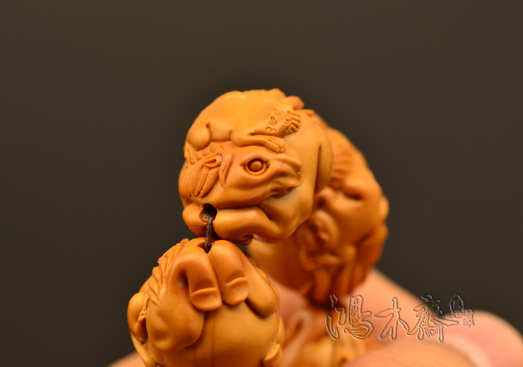 百吉雕刻 橄榄核雕 手串 2014年新款马上封侯大籽 10颗G38 (10).JPG