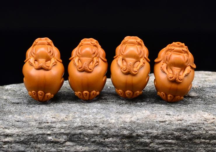 鸿木斋 橄榄核雕 貔貅手链 鸿木斋款 橄榄核雕手串 G88 (11).JPG