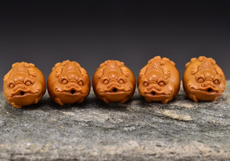 鸿木斋 橄榄核雕貔貅 鸿款雕刻单籽大核橄榄手串 孤品G122 (11).JPG