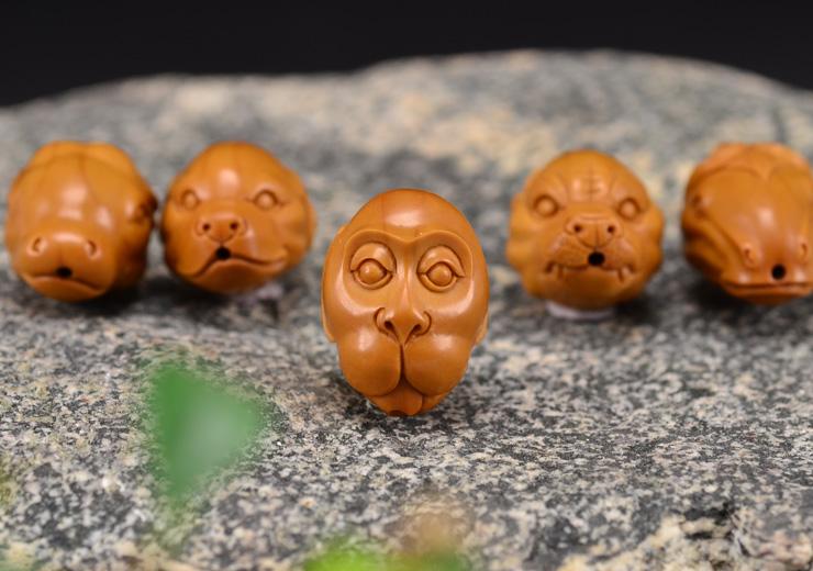 鸿木斋 橄榄核雕十二生肖 鸿款雕刻橄榄胡手串 孤品G123 (18).JPG