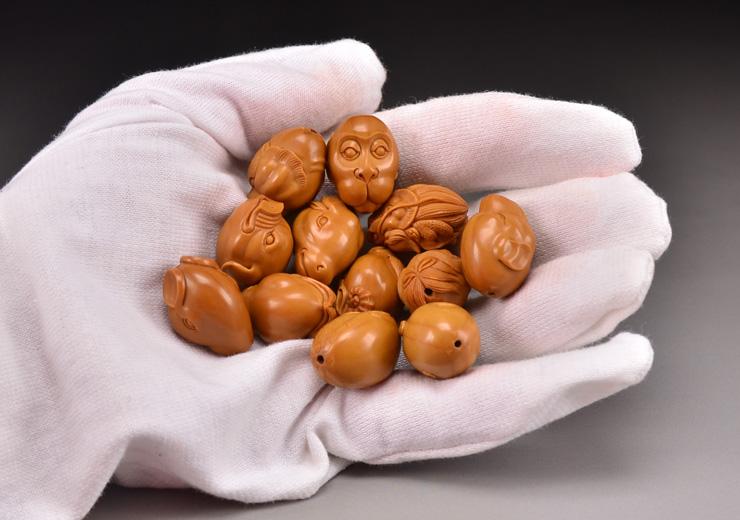 鸿木斋 橄榄核雕十二生肖 鸿款雕刻橄榄胡手串 孤品G123 (23).JPG