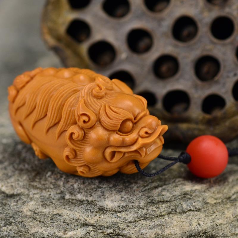 鸿木斋 橄榄核雕 鸿款雕刻单籽大核貔貅小挂件 孤品G132 (2).JPG