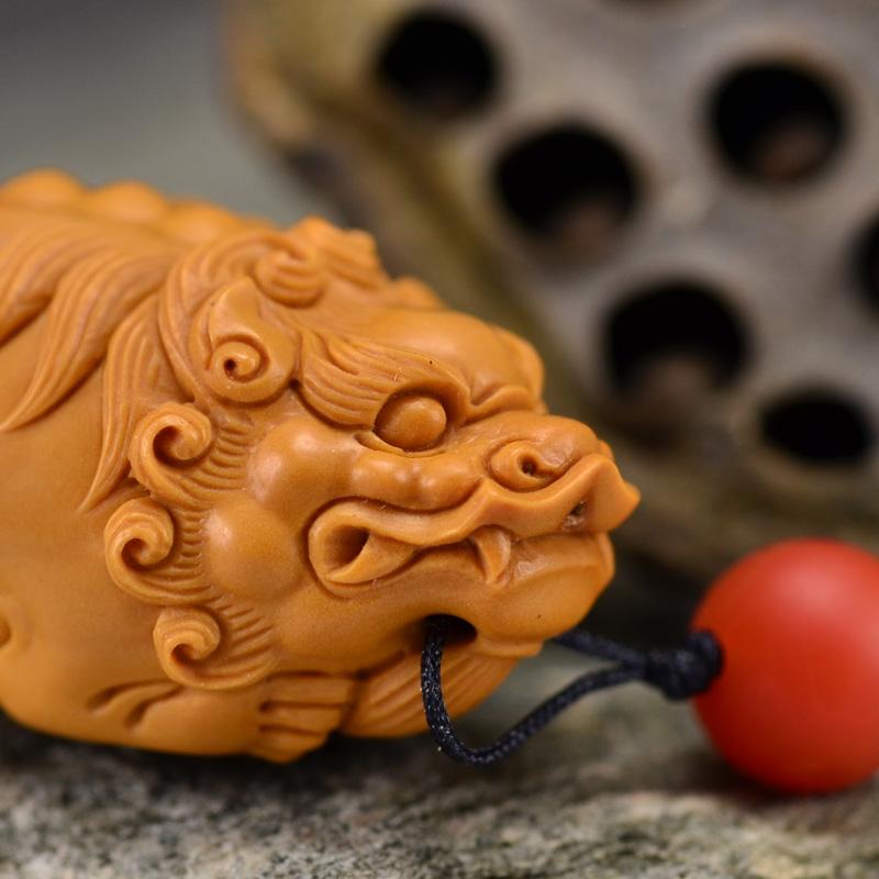 鸿木斋 橄榄核雕 鸿款雕刻单籽大核貔貅小挂件 孤品G133 (3).JPG