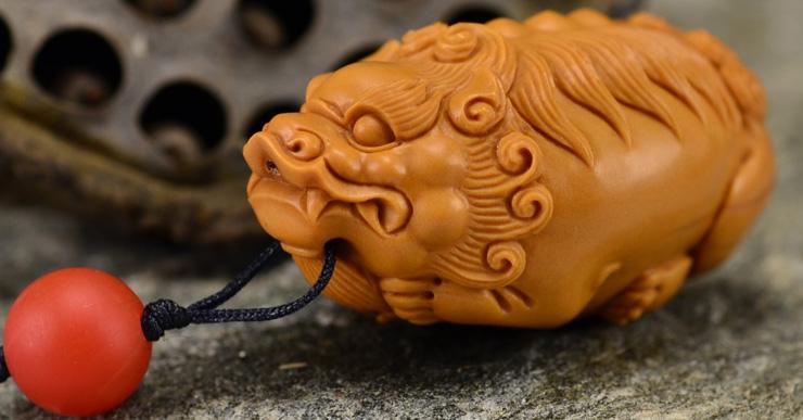 鸿木斋 橄榄核雕 鸿款雕刻单籽大核貔貅小挂件 孤品G133 (7).JPG