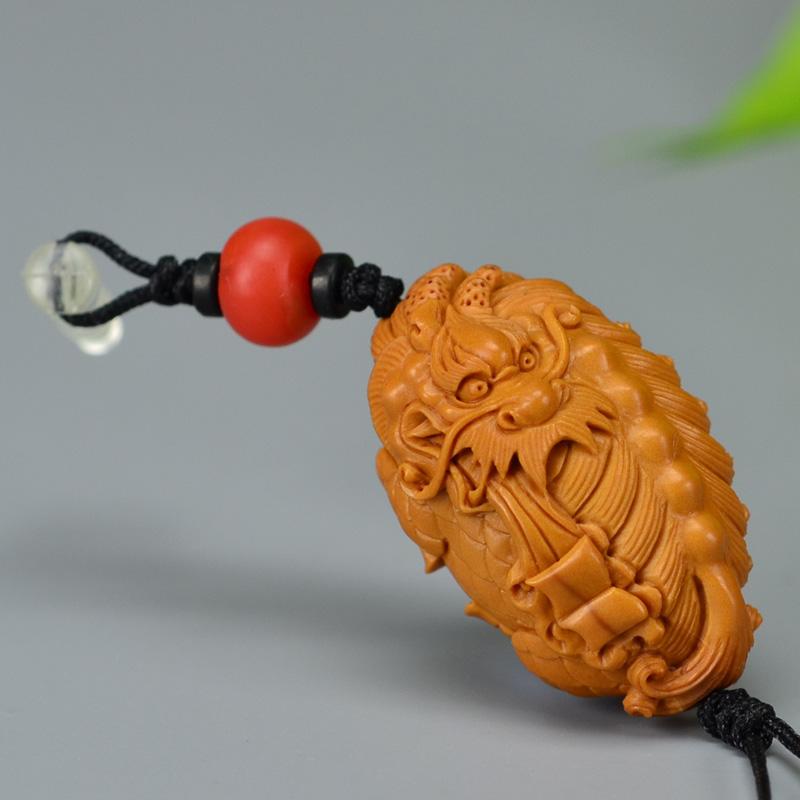 鸿木斋 橄榄核雕 橄榄核雕刻麒麟吐书 手机挂坠 孤品G157 (2).JPG