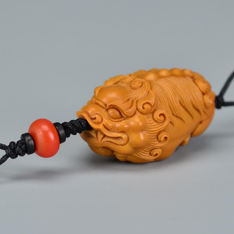 鸿木斋 橄榄核雕 单籽大核橄榄核雕刻貔貅 手机挂坠 孤品G162 (2).JPG