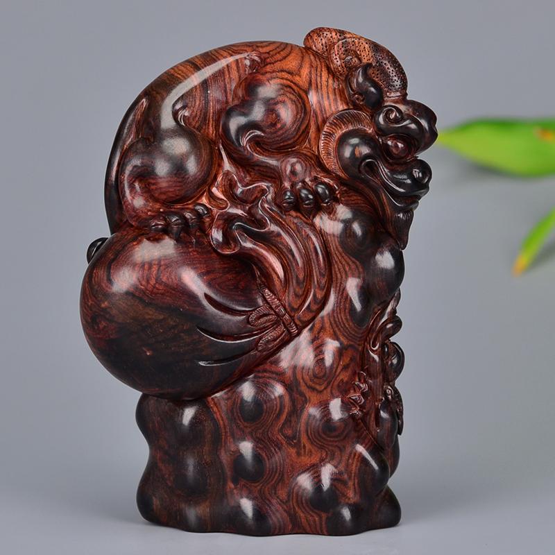 鸿木斋 黄花梨雕刻 4寸钱袋貔貅 鸿款雕刻 H6519 (2) .JPG