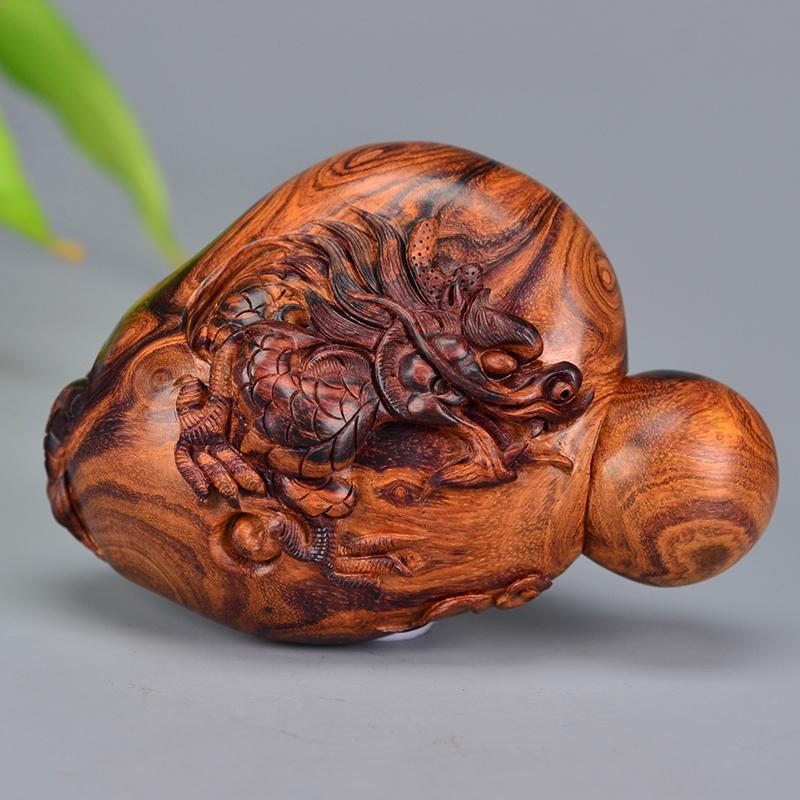 鸿木斋 海黄手把件 鸿款雕刻3寸龙戏球H6526 (2).JPG