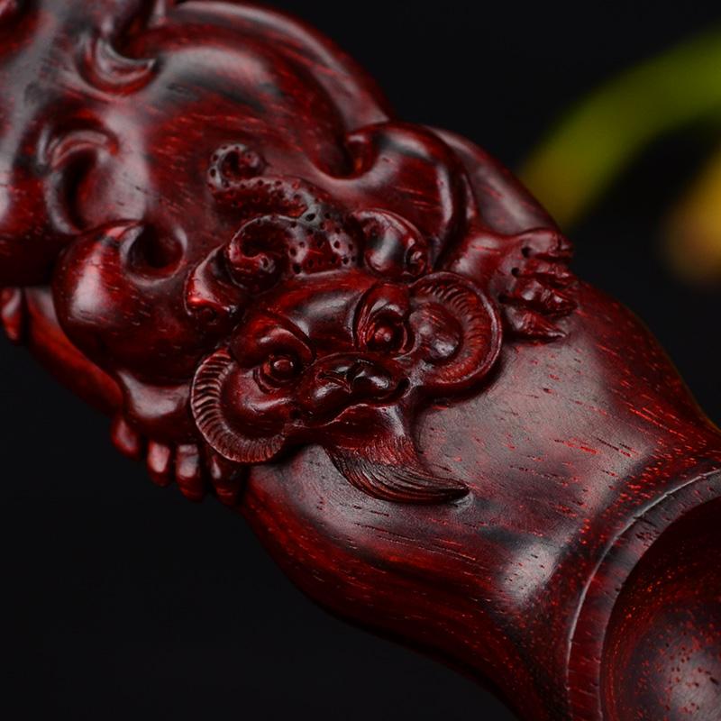 鸿木斋 紫檀手把件 鸿款雕刻5寸半貔貅茶勺 HZ129 (5) .JPG