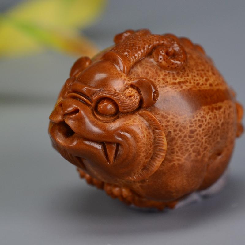 鸿木斋 橄榄核雕刻 巴西超大核G208  (5) .JPG