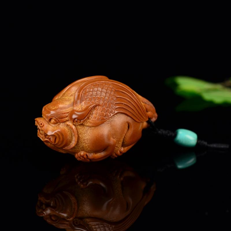 鸿款橄榄胡雕刻 核雕貔貅 G227  (1) .JPG