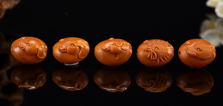 鸿木斋 橄榄核手串 鸿款雕刻十二生肖手链 孤品G245 (17).JPG