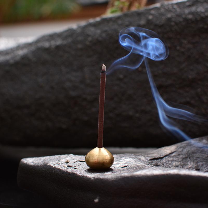 鸿木斋大漠风凌石香插 香拖 烟灰缸 大自然的杰作FLS001 (6).JPG