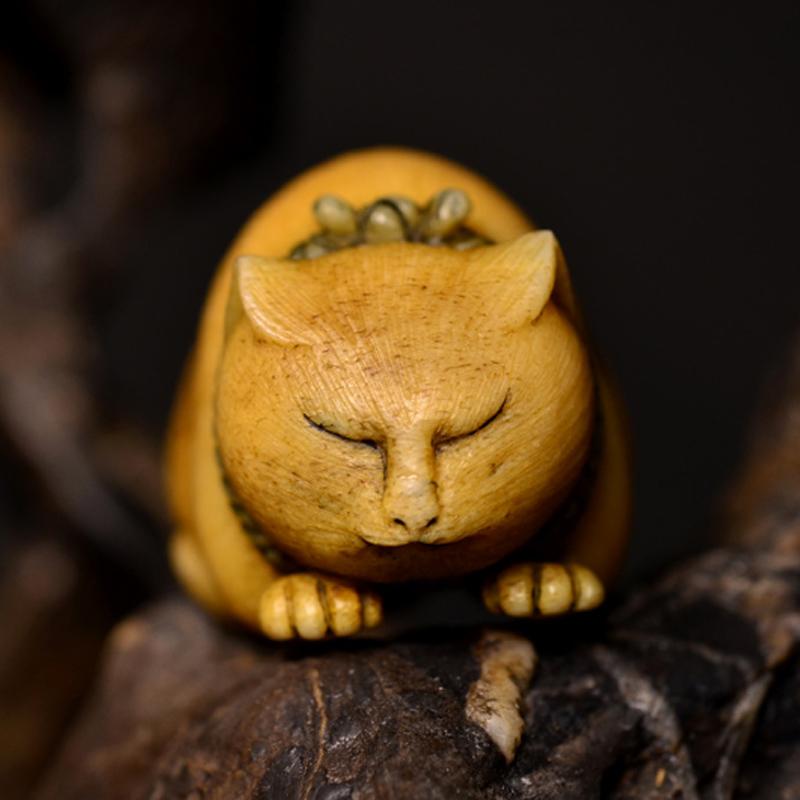 鸿木斋 根付·鹿角雕刻暖猫 懒猫 吊坠把件 配饰LJ01 (1).JPG