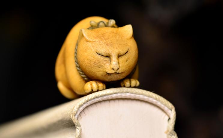 鸿木斋 根付·鹿角雕刻暖猫 懒猫 吊坠把件 配饰LJ01 (14).JPG