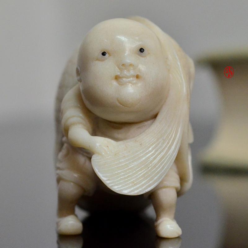 鸿款雕刻鹿角盘《年年有大鱼》艺术把件案头雅玩手作孤品LJ07 (3).JPG