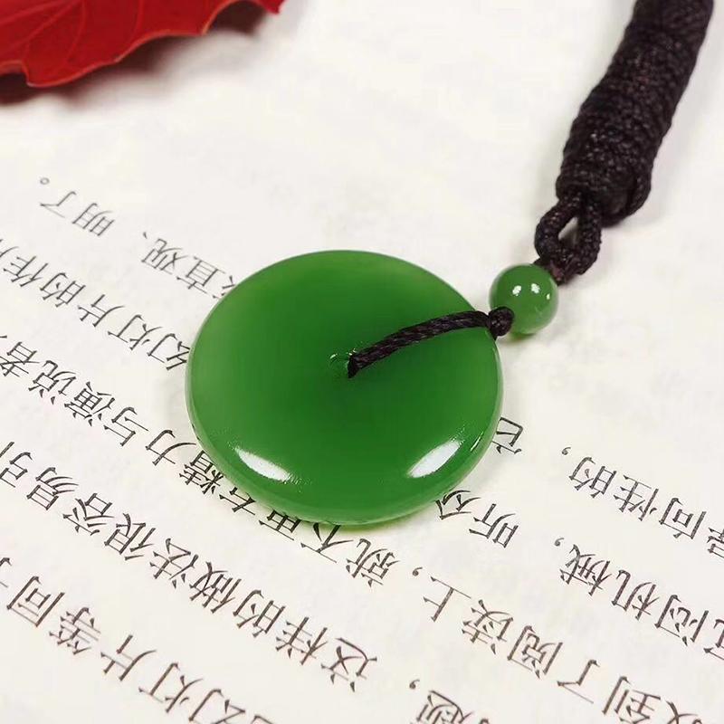 鸿木斋 和田雕刻 和田碧玉苹果绿平安扣吊坠 孤品HTY803 (1).jpg