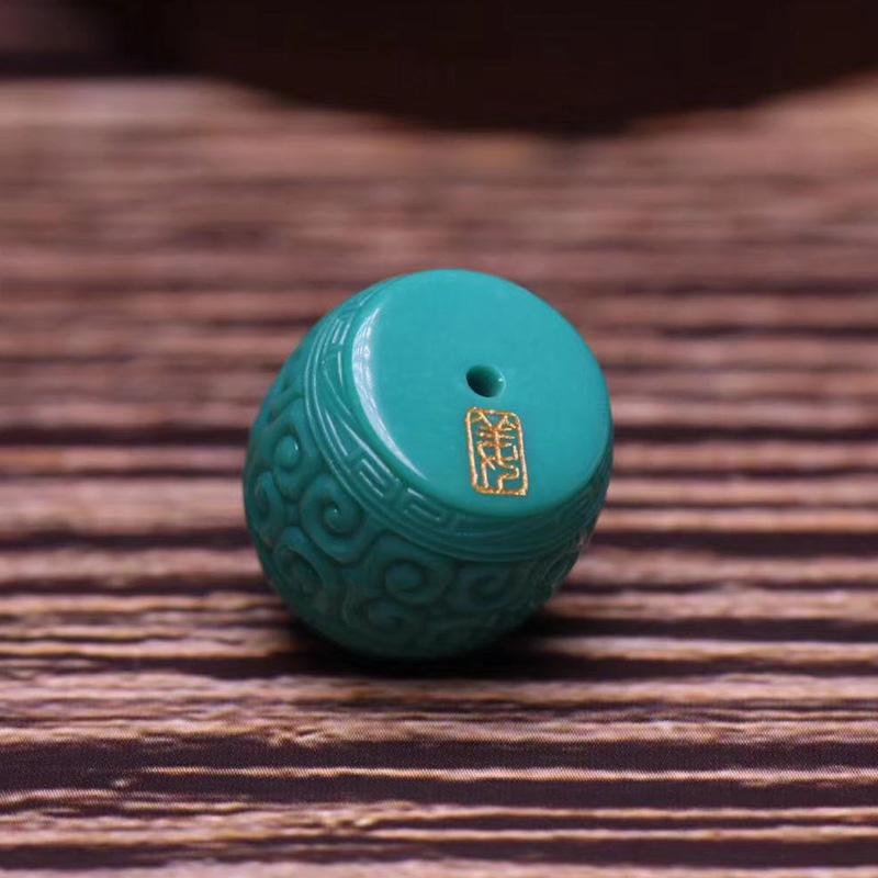 鸿木斋 松石顶珠 天然高瓷玉化料玻璃瓷松石回纹珠 孤品S1210 (2).jpg